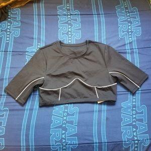 Outlined Activewear Crop Top